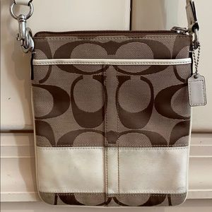 Coach classic crossbody flat messenger bag. Small